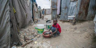Damnificados por sismo en Haití denuncian penurias y se preparan para lluvias