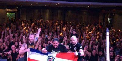 Saludo al finalizar el concierto de Soulfly en Escenario 360 Foto:Fuente externa