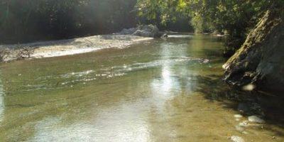 Buscan mujer arrastrada por un río en Santiago Rodríguez