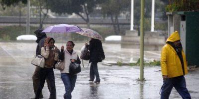 Mayo llegará con lluvia debido a dos vaguadas
