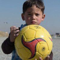Murtaza Ahmadi, es el fan más famoso de Lionel Messi Foto:AFP