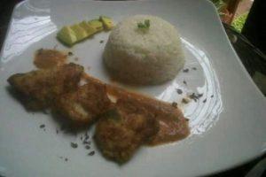 Tercer lugar. Pescado frito en salsa de pimientos, de Arlen Ascención Abreu.