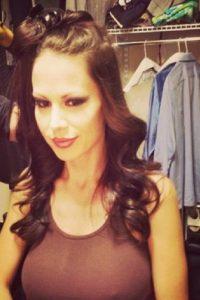 Es una actriz porno británica de 36 años Foto:Vía instagram.com/mckenzie_lee_official