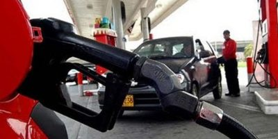 Precios de combustibles se mantienen congelados