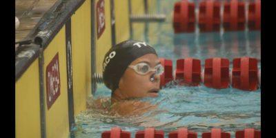 Ana Ysa Tejeda en la meta tras finalizar una de sus competencias. Foto:Fuente externa