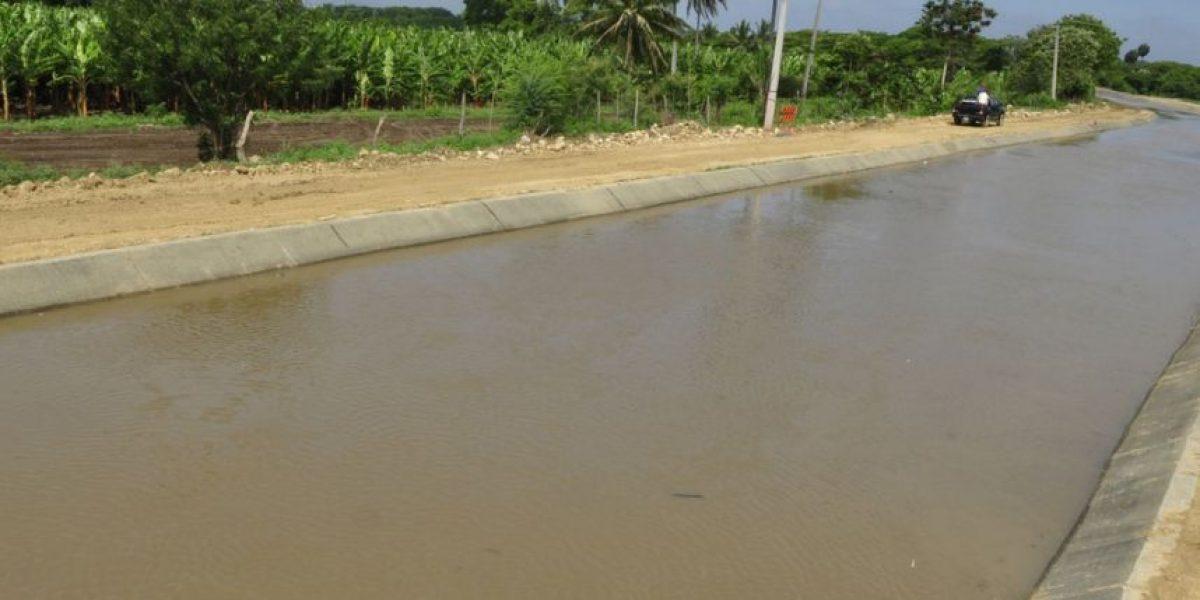 Gobierno entrega tramo canal Ulises Francisco Espaillat, abastece 17 acueductos