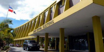 Poder Ejecutivo pone a disposición de la JCE todos los vehículos del Estado