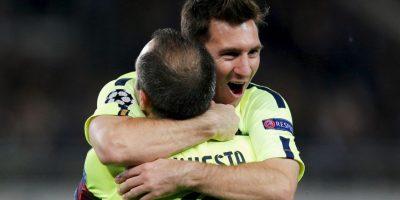 Barcelona: Andrés Iniesta y Dani Alves se acercan a los futbolistas más ganadores