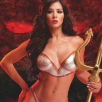 Es modelo, cantante, actriz y vedette venezolana. Foto:Vía Instagram/@diosa_decente