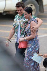 Y mostrarse amor en público. Foto:Grosby Group