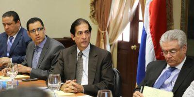 Iniciativa de Santiago presenta avances del programa de formación y empleo