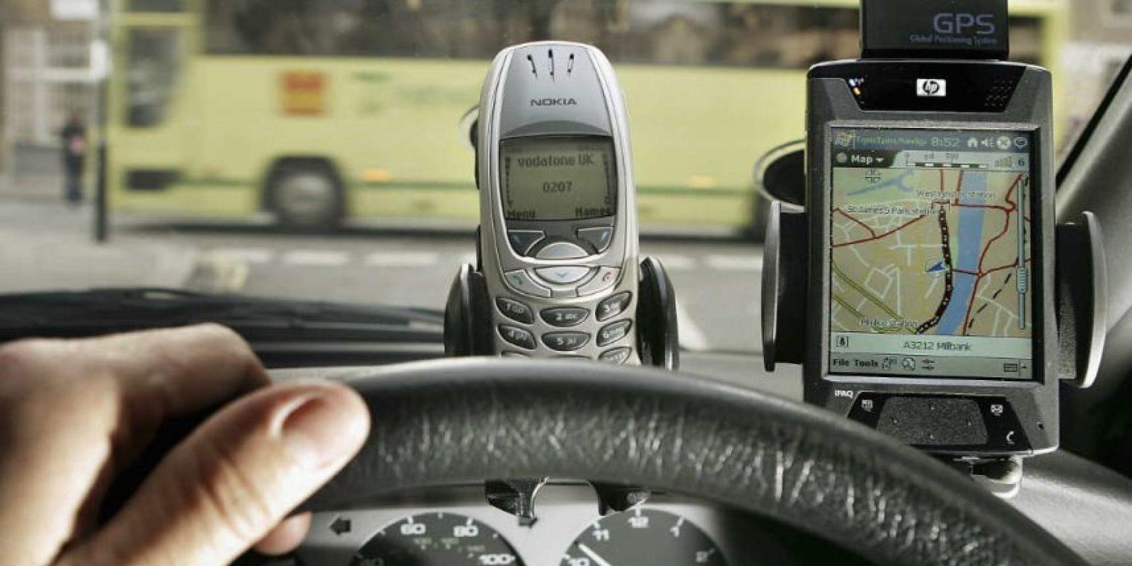 El GPS reconoce su ubicación por el tiempo que demora en llegar la señal hasta el satélite. Foto:Getty Images