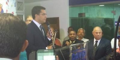 David Collado anuncia que llevará su gente a la alcaldía DN