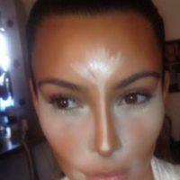 Además, obstruye los poros y es peor si uno tiene la piel grasosa. Foto:vía Instagram