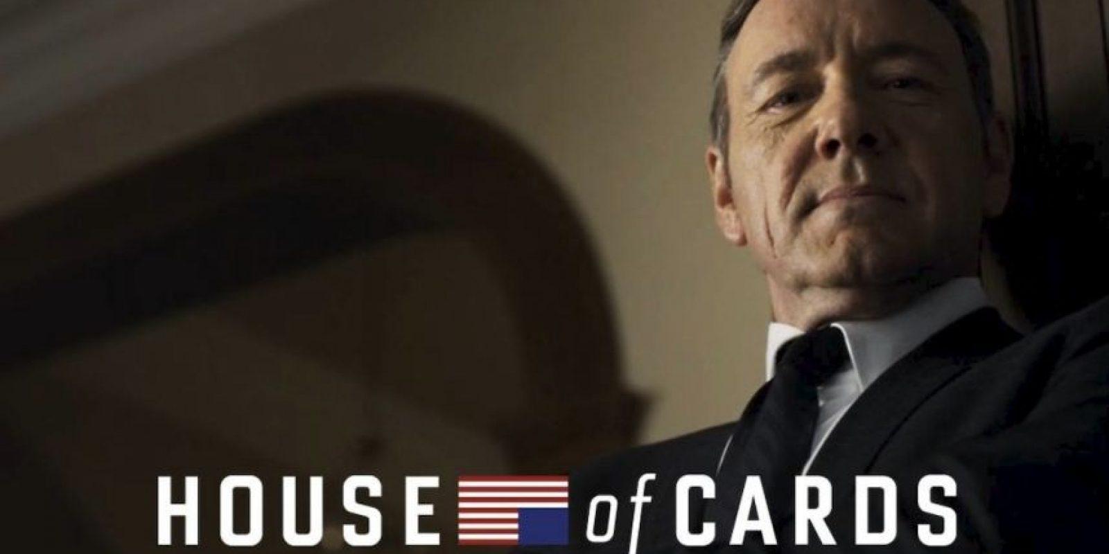 La primera temporada completa fue estrenada el 1 de febrero de 2013 en el servicio de streaming Netflix. Foto:Vía Facebook/HouseOfCards