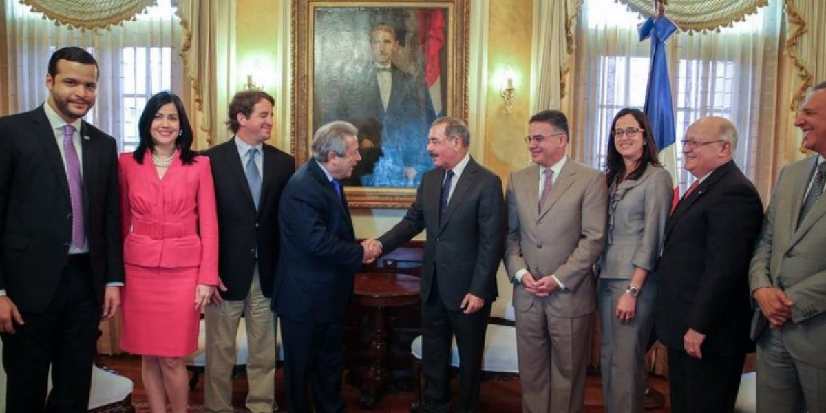 Conep felicita y manifiesta interés a Danilo de seguir con avance de RD