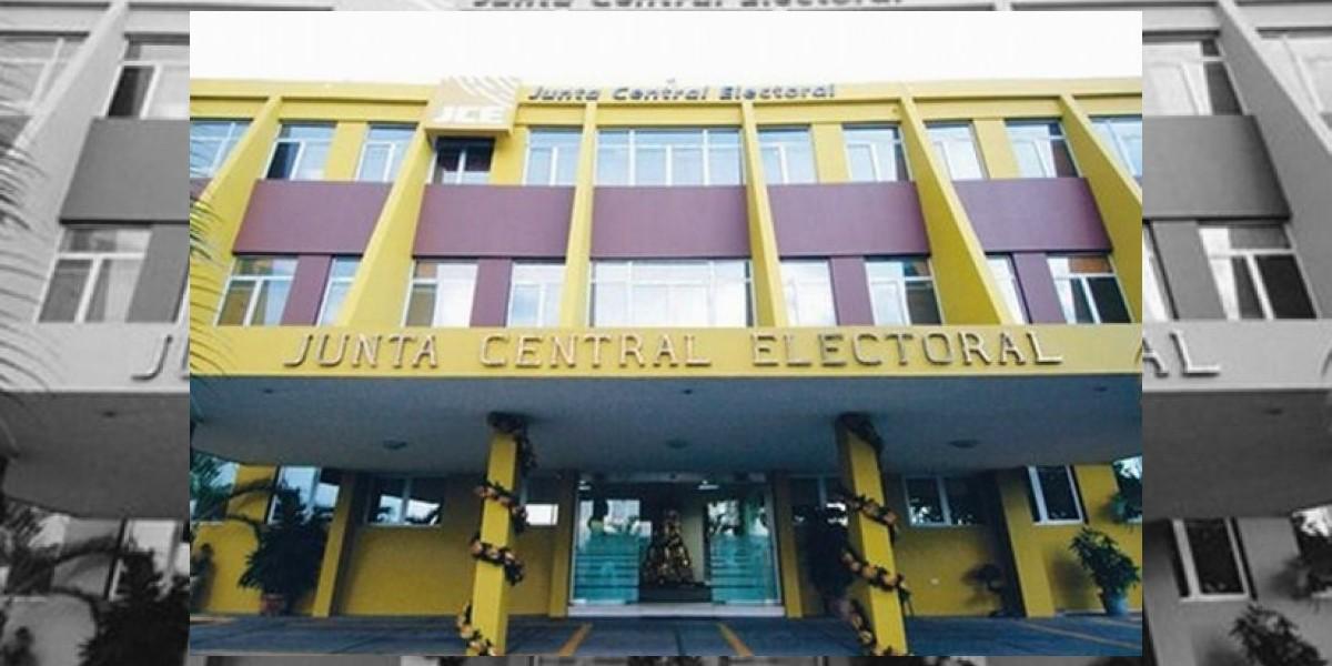 Técnicos exigen pago incentivo ante sede Junta del DN