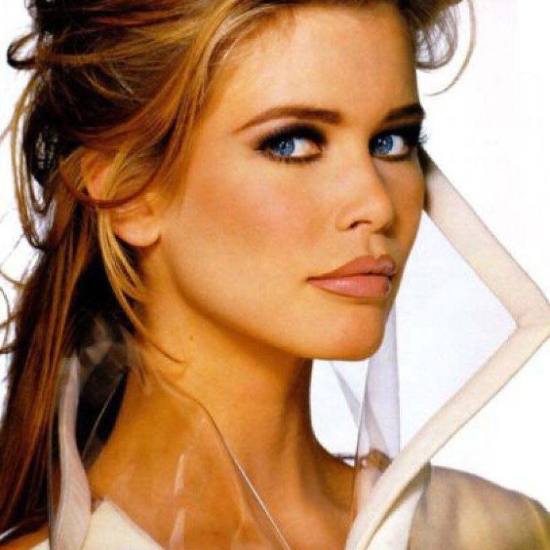 Claudia Schiffer no era adepta a los escándalos. Foto:vía Vogue