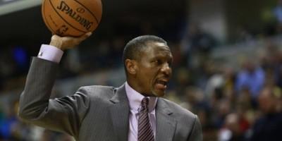 NBA multa con 25.000 dólares a Dwane Casey por las críticas a los árbitros