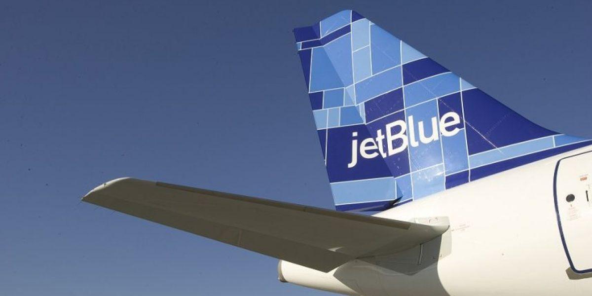 JetBlue reunirá a una familia dominicana este Día de las Madres