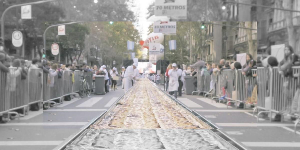 Por causa solidaria: Empanada más grande de Buenos Aires