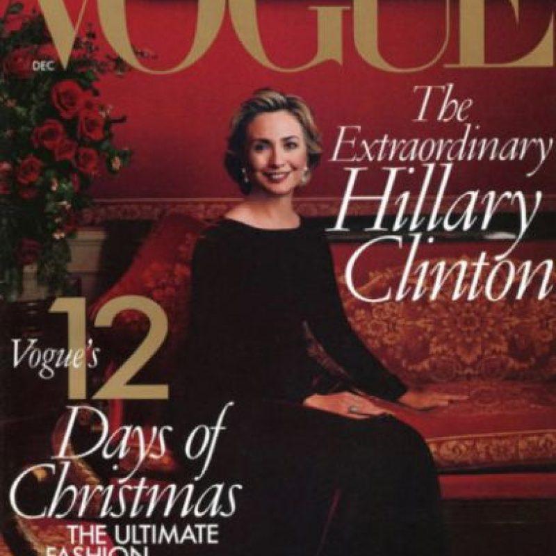 De todos modos, no quiso posar para la revista Vogue en 2008 en plena campaña presidencial. Para 2009 ya tuvo un reportaje de Annie Leibovitz. Y ya para febrero de este año decidió ser fotografiada por el famoso Mario Testino. El reportaje tuvo 10 páginas. Foto:vía Vogue