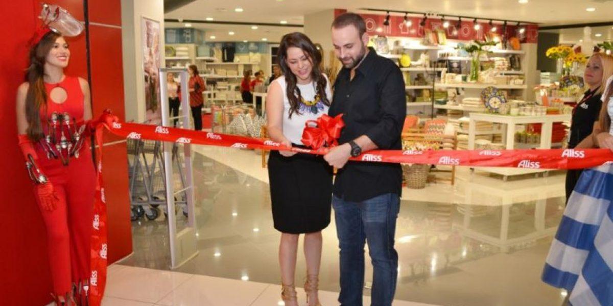 Inauguran tienda Aliss en Acrópolis Center