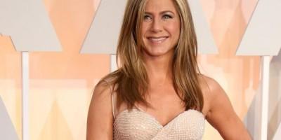 """Jennifer Aniston: Carisma y belleza en """"el día de las madres"""""""