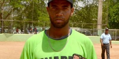 Méndez tiró no-hitter y guía triunfo de UNAPEC en torneo universitario de béisbol