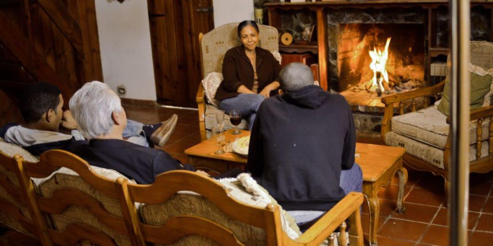 Imágenes del detrás de cámara de La familia Reyna, donde Adalgisa encarna a Doña Sarah. Foto:Fuente externa