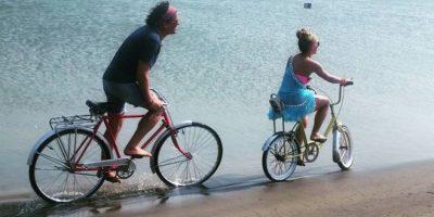 """Shakira y Carlos Vives estrenan el tema """"La Bicicleta"""""""