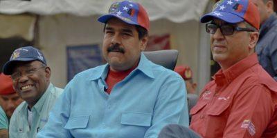 Aerolíneas suspenden vuelos a Venezuela por la crisis económica