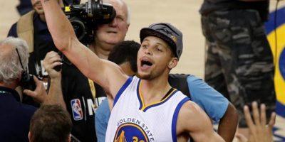 VIDEO: Warriors se imponen a Thunder y avanzan a la Final frente a Cavs