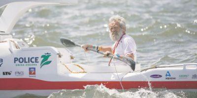 Abuelo polaco inicia viaje de Nueva York a Portugal en kayak