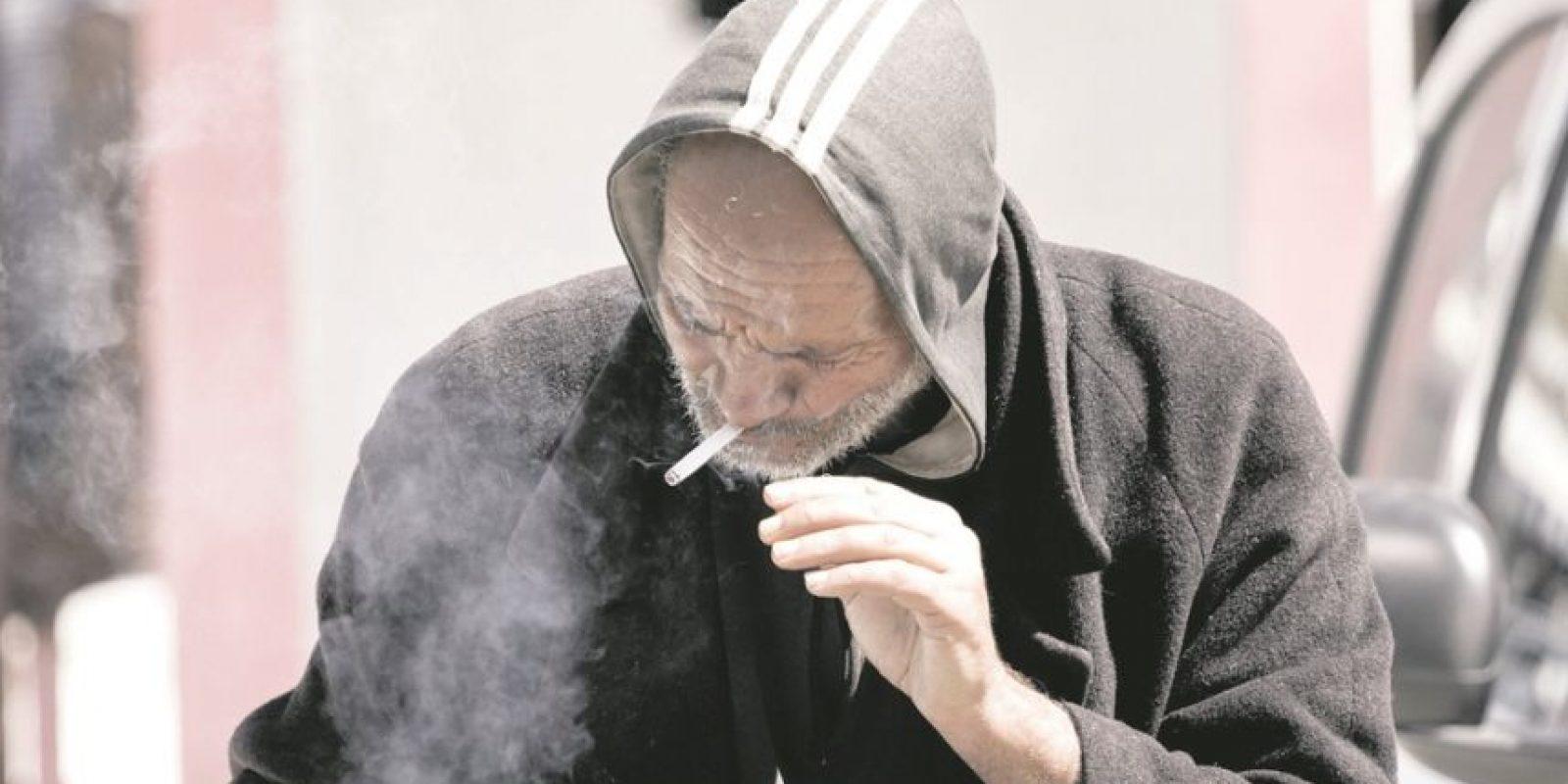 1- Protege tu propia salud. De acuerdo con la Organización Mundial de la Salud, más de cinco millones de muertes directas por año son causadas por el tabaco, que es consumido por más de mil millones de personas en todo el mundo. Las estadísticas confirman que es una de las causas principales de muerte, enfermedad y empobrecimiento. Hay más de 4000 productos químicos en el humo del tabaco, de los cuales al menos 250 son conocidos por ser perjudiciales y más de 50 se sabe que causan cáncer. Foto:Fuente externa