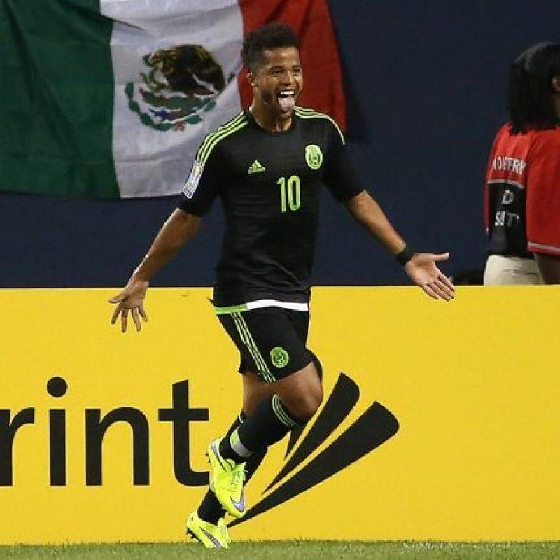 El delantero mexicano está teniendo una gran temporada en Los Angeles Galaxy e iba a ser convocado por Juan Carlos Osorio, pero declinó de participar en la Copa América Centenario. Foto:Getty Images