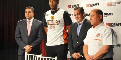 Indios escogen a Jonathan Araujo como su primer pick en draft de novatos LNB
