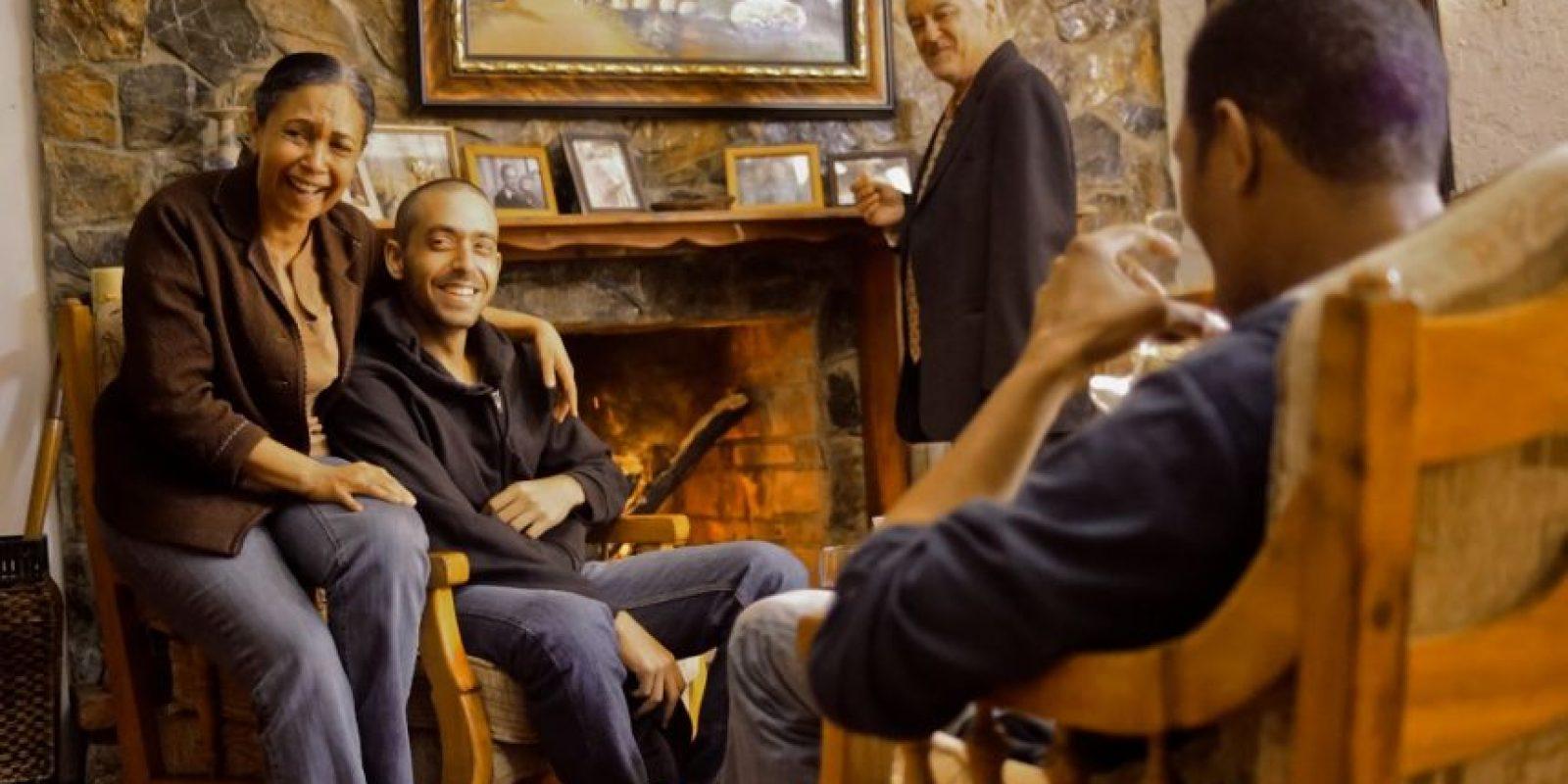 Adalgisa Pantaleón, David Maler, Cuquin Victoria y, de espaldas, Carasaf Sánchez. Foto:Fuente externa