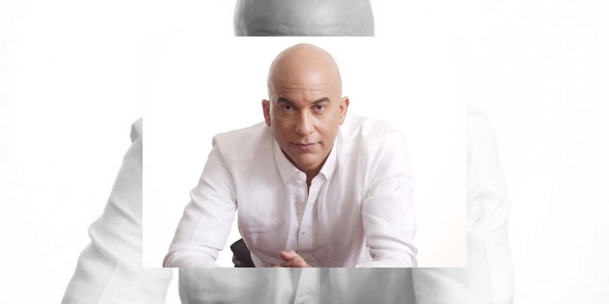 Espejo de papel: El busto de Danilo