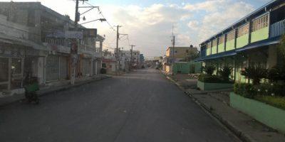 Lanzan bomba molotov a estancia infantil durante huelga en Nagua