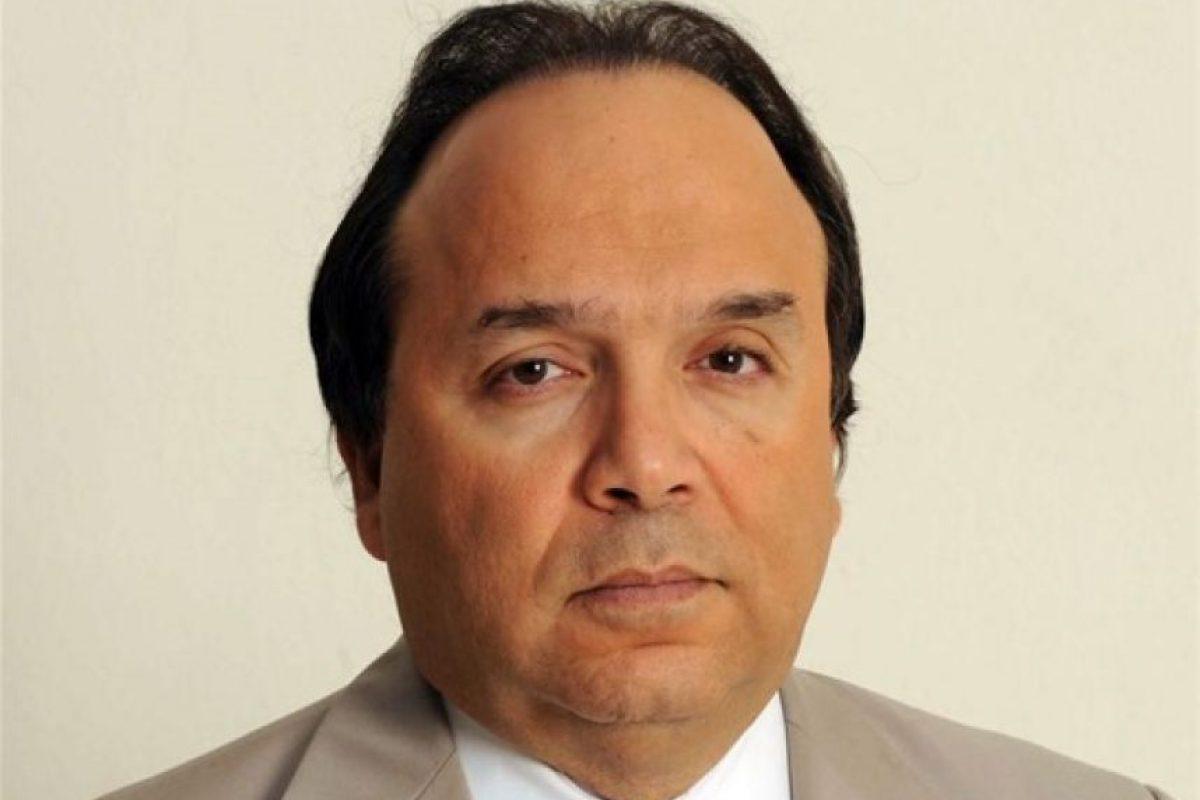 Vinicio Castillo Semán. Pasó de diputado (2014) – en sustitución de su hermano Pelegrín Castillo, exministro de Energía y Minas – a aspirante a senador del Distrito Nacional por el partido la Fuerza Nacional Progresista (FNP). En las elecciones de este 15 de mayo obtuvo solo un 3.86% de la preferencia electoral. El candidato a la reelección por el PLD, Reinaldo Pared Pérez, le ganó con un 54.7% de votos. Castillo Semán forma parte de una familia que desde los gobiernos del dictador Rafael Leonidas Trujillo y Joaquín Balaguer ocupaba cargos legislativos o en la administración pública. Foto:Fuente externa