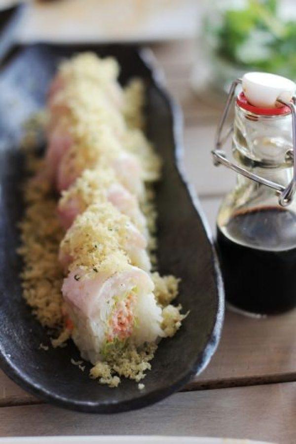 Yellowtail Roll. Papel verde de soja y jengibre, snowcrab y truffle yuzu. Foto:Fuente externa