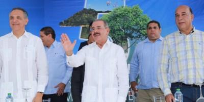 Presidente Medina llama hacer conciencia con el Medio Ambiente