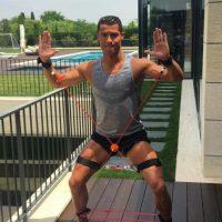 Así disfruta Cristiano Ronaldo sus vacaciones Foto:Vía instagram.com/cristiano