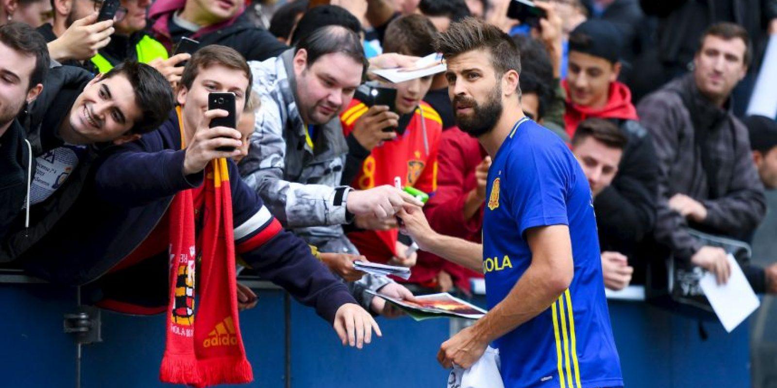 En el duelo que enfrentó a España con Georgia, el público le dedicó abucheos al defensor de Barcelona Foto:Getty Images