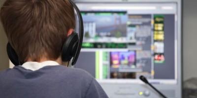 Lo que piensan los jóvenes sobre el abuso sexual en Internet