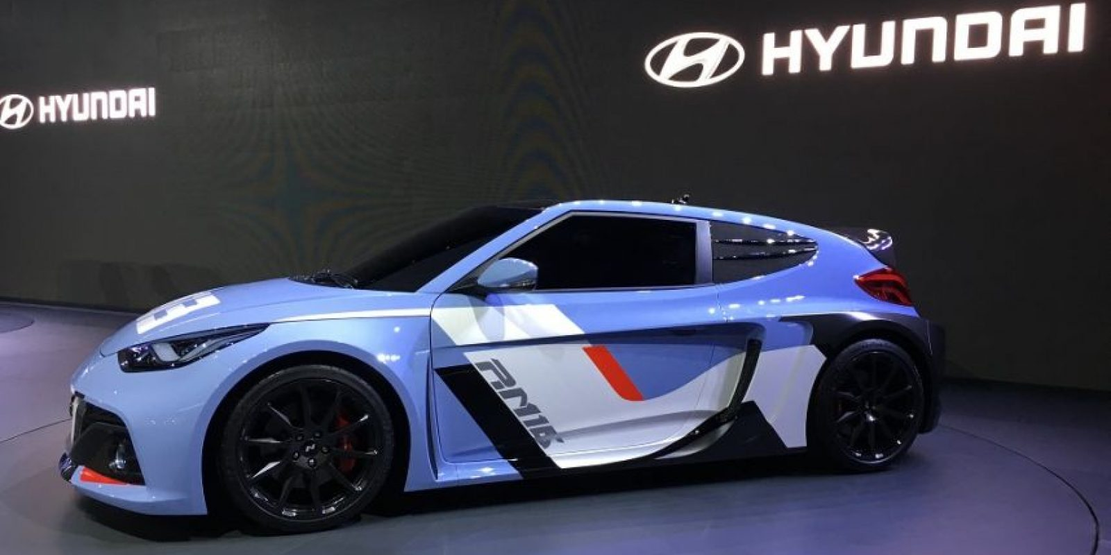 """El proyecto RM (racing midship) de la submarca """"N"""" de Hyundai suma este año un el nuevo concepto RM16 que fue presentado en la apertura del BIMOS 2016. Foto:Víktor Rodríguez-Velázquez"""