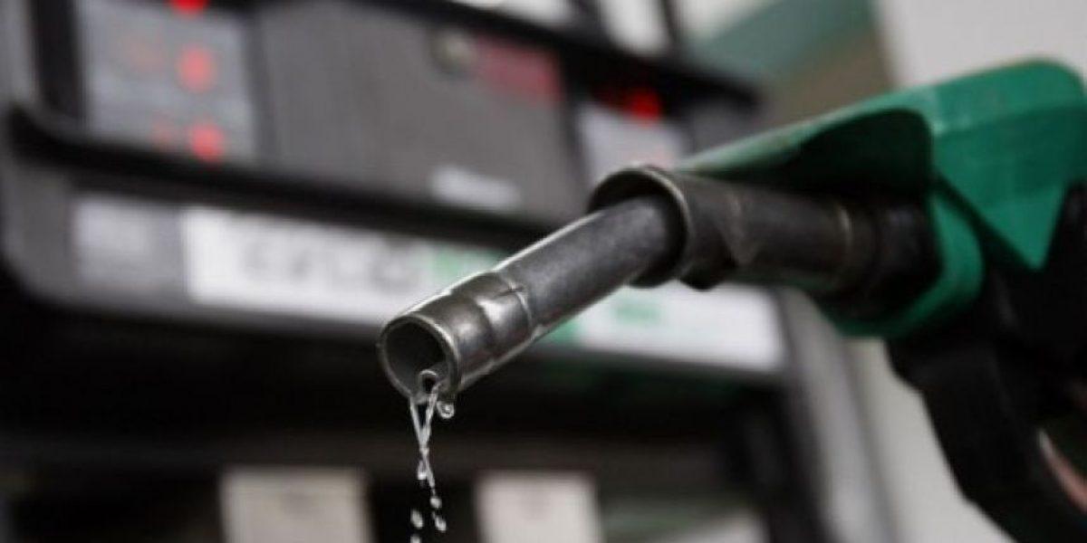Las gasolinas subirán de precios y el GLP bajará 2 pesos