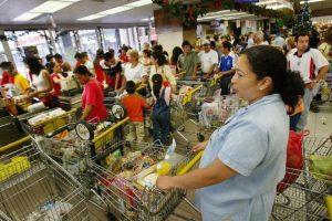 Hay escasez de productos básicos Foto:Getty Images
