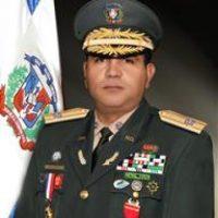 El ministro de las Fuerzas Armadas, Máximo William Muñoz Delgado Foto:Fuente Externa